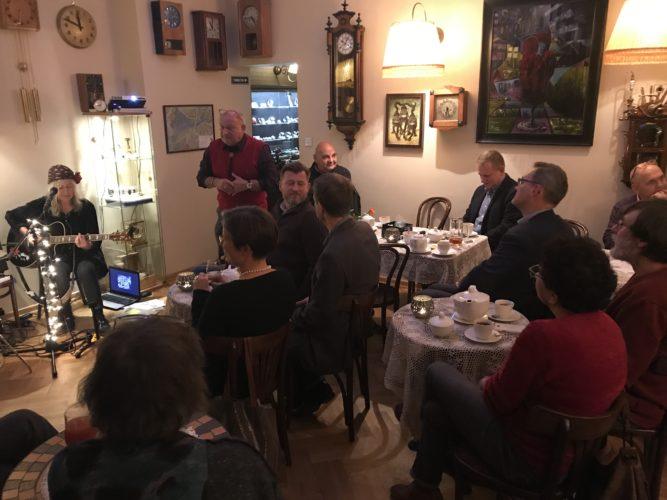 Zegarmistrzowska - Kawiarnia i Restauracja -  wieczór z muzyką i zegarami